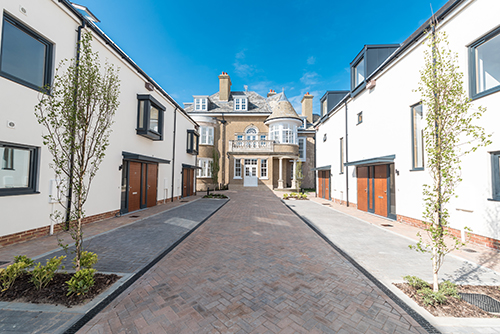 GUINNESS HOMES | ONE MANOR ROAD - redevelopment 2017